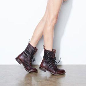 Frye Jenna Disc-Trim Lace-Up Boot, Dark Brown